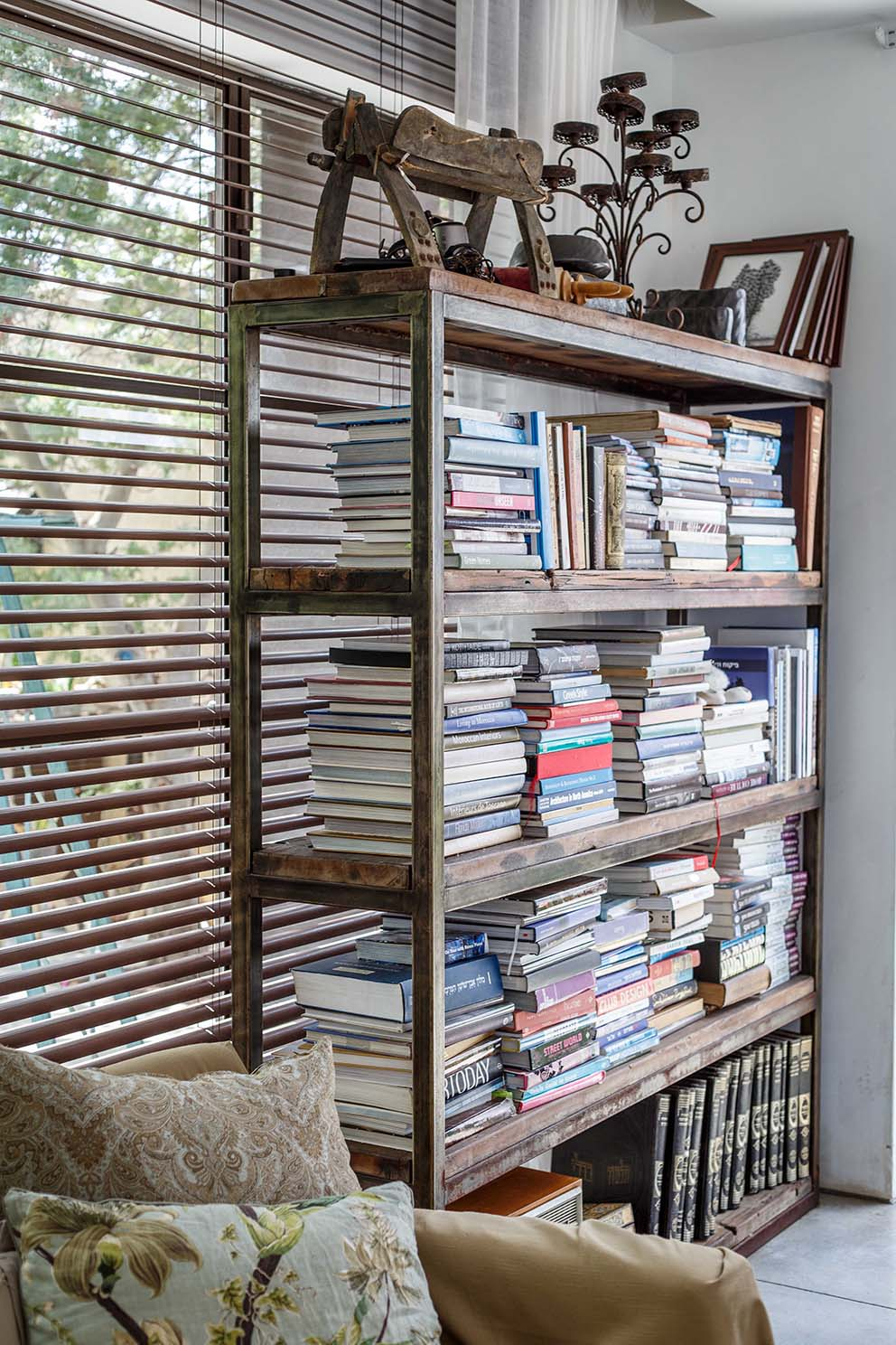 pnim magazine www.pnim.co.il