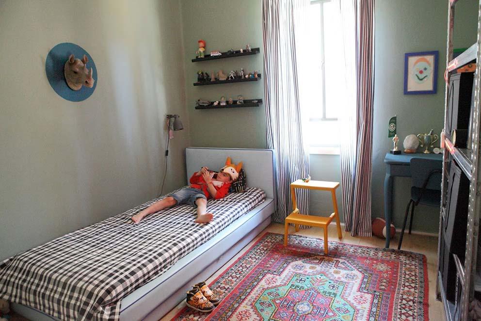 שרון ברקת, www.pnim.co.il