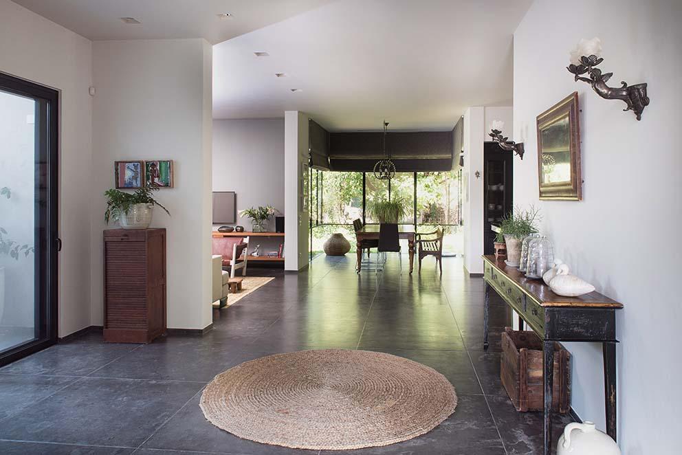 הבית של אירה שריג, צילום: גלית דויטש, www.pnim.co.il