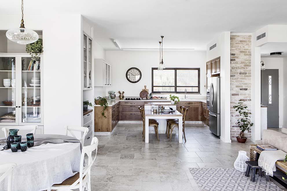 עיצוב: נטע לוינגר ברבי, צילום: איתי בנית, www.pnim.co.il