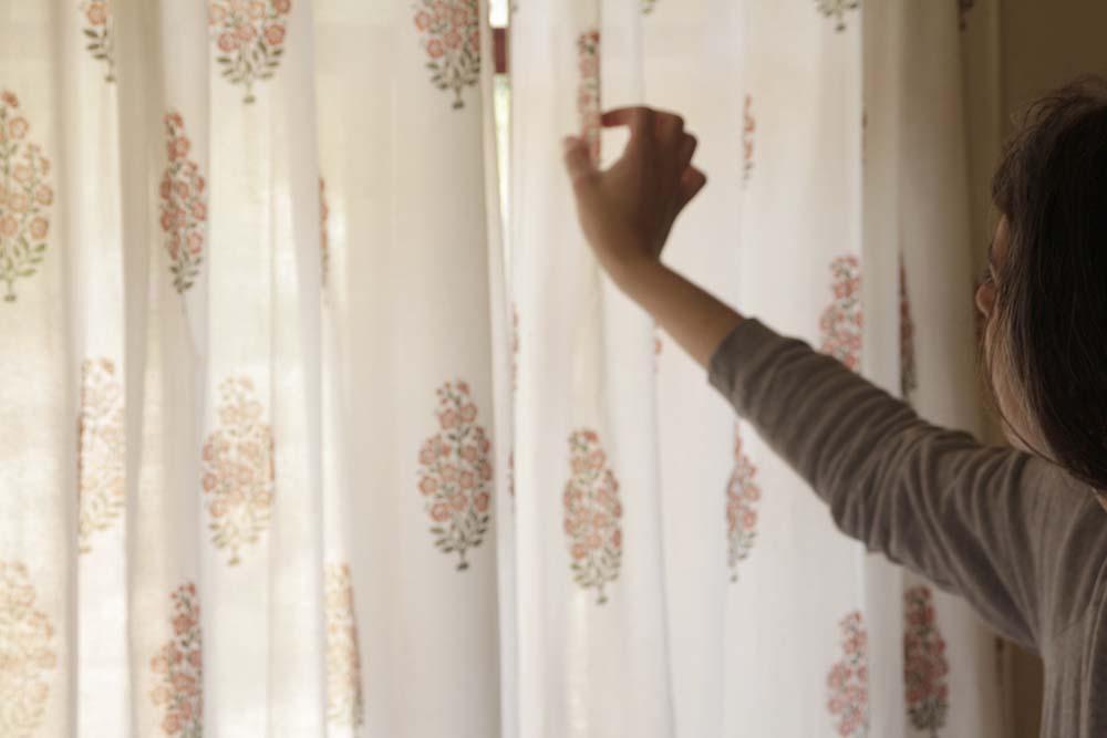 נעים להכיר: ימימה בר כרמל, צילום: מעיין תמיר, www.pnim.co.il