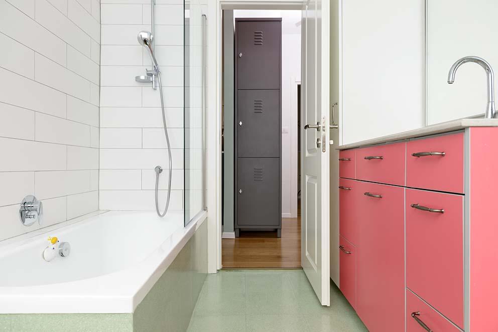 עיצוב: שני רינג, צילום: אדריאן דודה, www.pnim.co.il