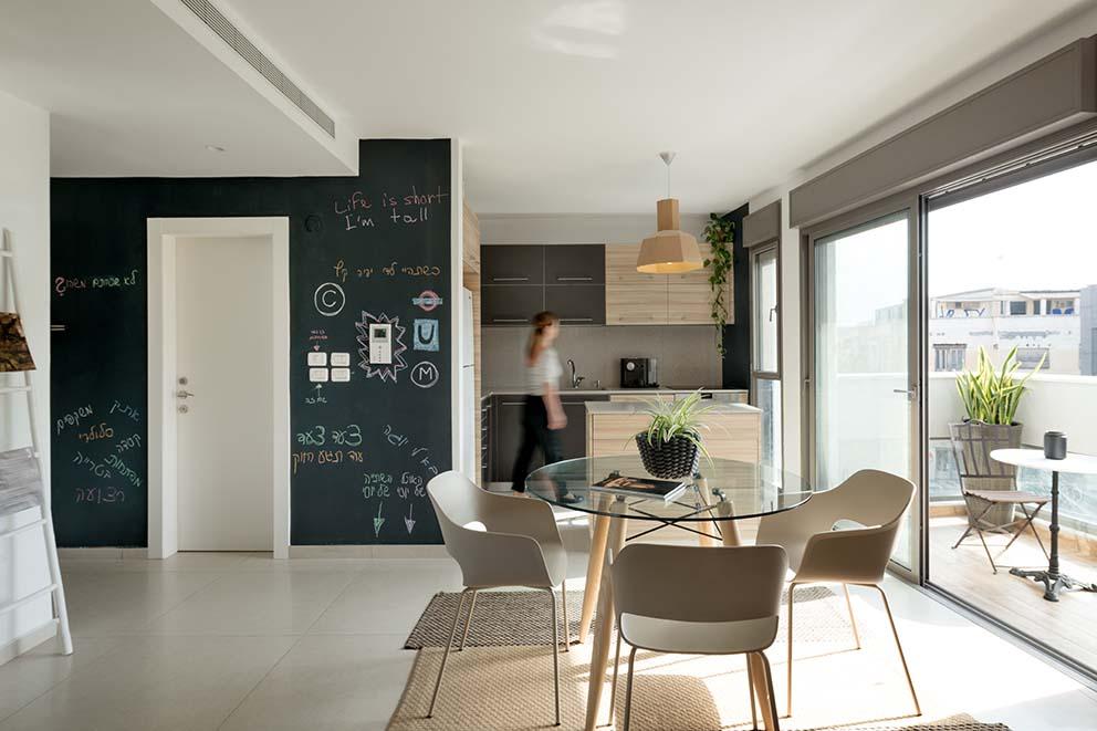 אדריכלות: ליאת פרייז אדריכלים, עיצוב פנים והלבשה: סטודיו פרי בשיתוף ליאת פרייז אדריכלים, צילום: גדעון לוין